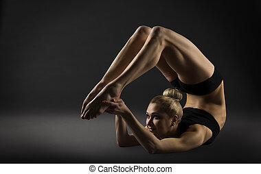 doblando, mujer, deportivo, extensión, postura, espalda, acróbata, curva, niña, gimnasia