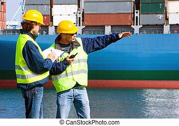 Dockers en el trabajo