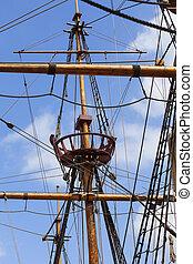 Dorado Hind, réplica de un barco del siglo XVI en la costa de St Mary Overie, Londres, Reino Unido.