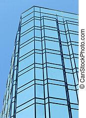 Edificio de oficinas de vidrio