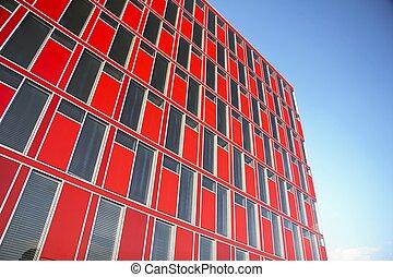 Edificio de oficinas modernas rojas