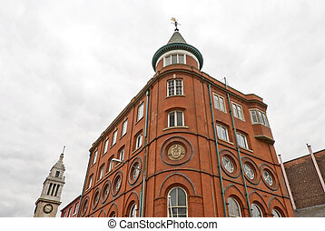 Edificio rojo victoriano
