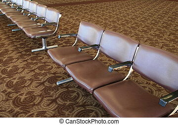El aeropuerto espera
