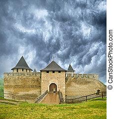 El antiguo castillo