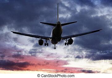 El avión pasa por encima
