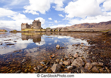 El castillo de Eilean, Escocia