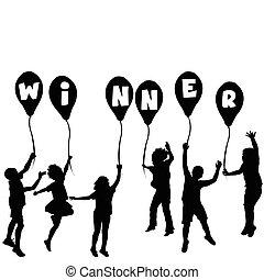 El concepto de ganador con siluetas y globos infantiles