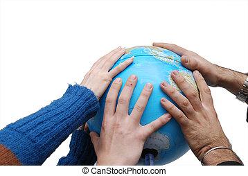 El concepto del sindicato con las manos en el globo