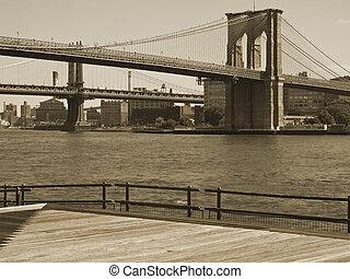 El dúo del puente de Brooklyn