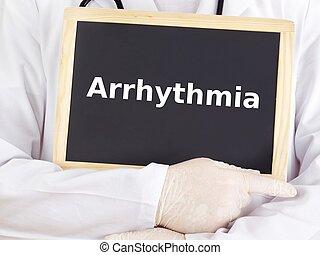El doctor muestra información en la pizarra: arritmia