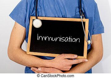 El doctor muestra información en la pizarra: Un concepto médico.