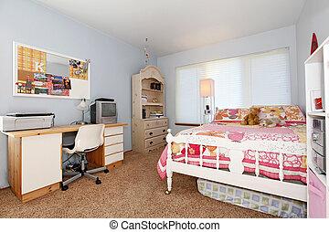 El dormitorio de la chica. Azul y rosa