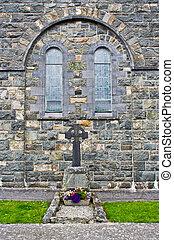 El exterior de la iglesia
