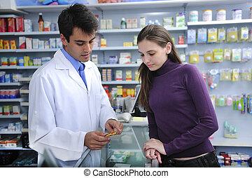 El farmacéutico asesor de la farmacia