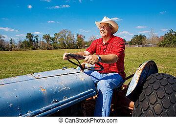 El granjero corta el campo