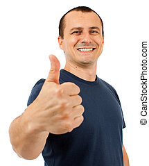 El hombre caucásico levanta el pulgar