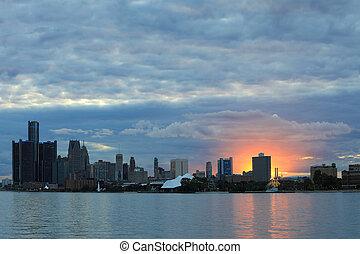 El horizonte de Detroit desde Belle Isle al atardecer