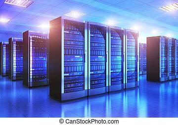 El interior de la sala de servidores en el centro de datos