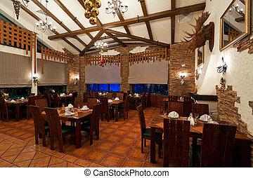 El interior de un restaurante de lujo