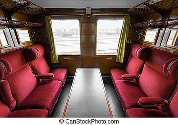 El interior del tren antiguo