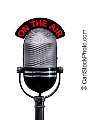 El micrófono retroconectado con el cartel del aire cortado