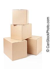 El montón de cajas de cartón