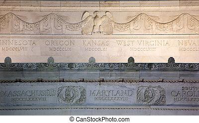 El monumento a Lincoln cierra los detalles del águila de mármol Washington DC