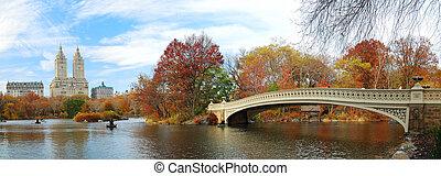 El panorama del parque central de Nueva York en otoño