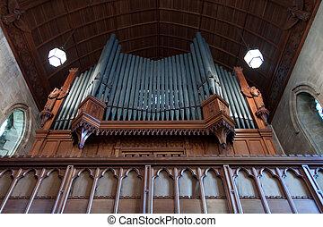 El primer plano del órgano en la iglesia en los terrenos del Ashdow