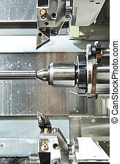 El proceso de transformación de metal en máquina