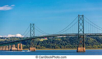 El puente de la isla de Orleans