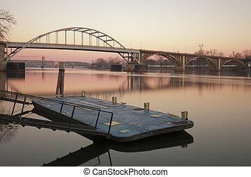 El río Arkansas al amanecer