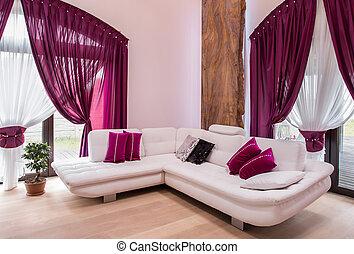 El sofá de la esquina blanca