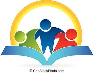 El sol del libro abraza a la gente