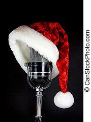 El sombrero de Santa en el micrófono