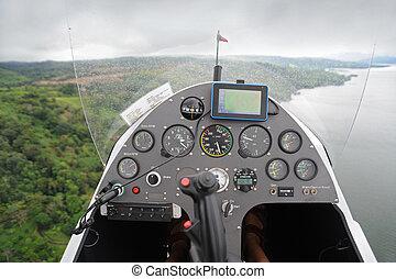 El tablero del autogiro volador