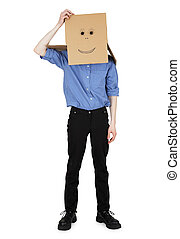El tipo llevaba una caja con cara pintada