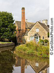 El viejo molino del distrito de Inglaterra