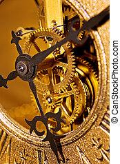 El viejo reloj cierra la vista