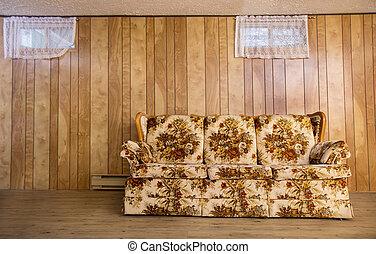 El viejo sofá del sótano