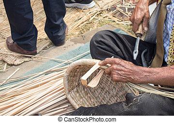 elaboración, basket., craftman, mimbre, manos