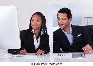 empresa / negocio, dos, personas oficina