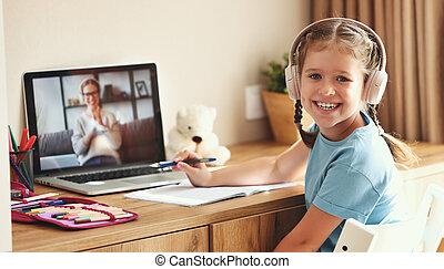 en línea, lección, hogar, niña, durante, alegre