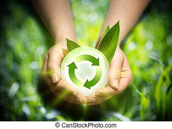 Energía renovable en las manos