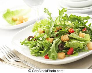 Ensalada verde con restaurante