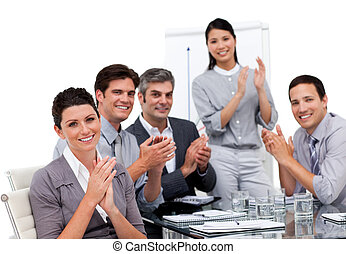 entusiasmado, businessteam, aplaudiendo, presentación, después