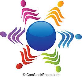 Equipo alrededor del logo mundial