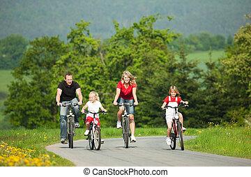 equitación, bicycles, familia