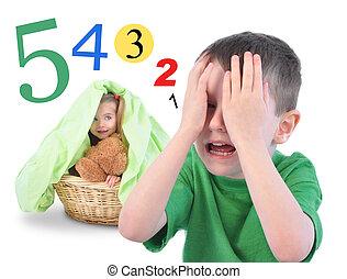 Escóndete y busca el juego de números en blanco