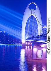 Escena de Bridge Night con luz
